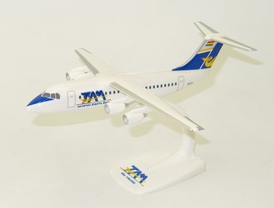 TAM - BAe 146 (Herpa Snap-Fit 1:144)
