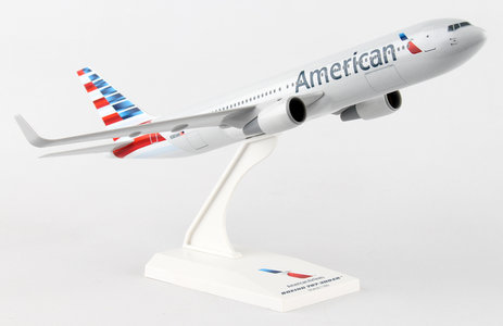 American Airlines New Livery 2013 - Boeing 767-300 (Skymarks 1:200)