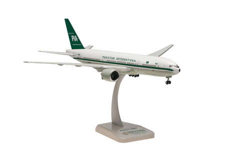 Pakistan International Airlines - Boeing 777-200 (Hogan 1:200)