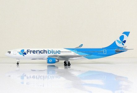 French blue - Airbus A330-300 (Sky500 1:500)