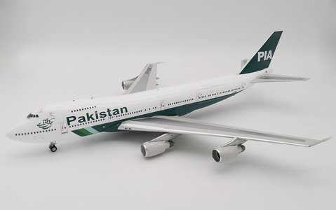 PIA - Boeing 747-200 (Inflight200 1:200)