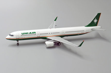 Uni Air - Airbus A321 (JC Wings 1:200)