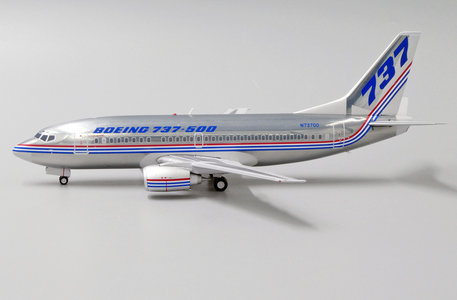 Boeing House Colors - Boeing 737-500 (JC Wings 1:200)