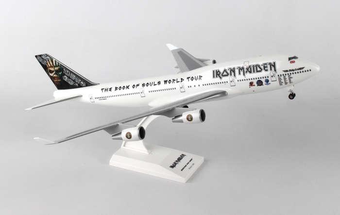 scale model skymarks 1 200 skr899 iron maiden boeing 747 400. Black Bedroom Furniture Sets. Home Design Ideas